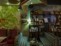 hacienda_iraklio_bookcase_750x421